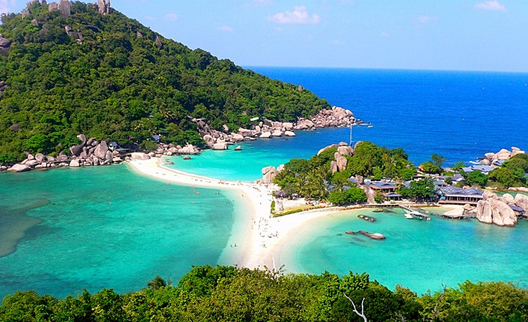 bron: http://news.thaivisa.com/thaivisa-news/half-of-resorts-on-koh-tao-face-eviction/50778/